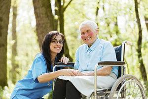 Sozialamt zahlt Pflegeheim - nur Schonvermögen darf man besitzen.