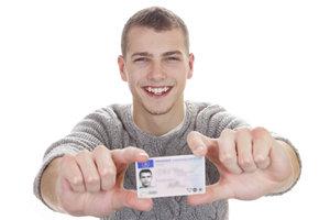 Sie können biometrische Passfotos selber erstellen.