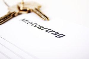 Ein gemeinsamer Mietvertrag kann zu Problemen führen.