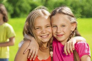 Freundschaften sind wichtig für eine gesunde Entwicklung.