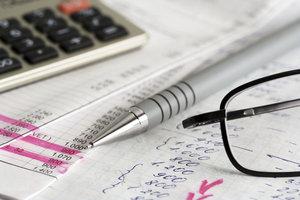 Sie können die Internationale Steuernummer vom Finanzamt erhalten.