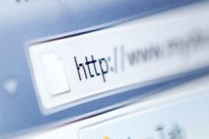 Ein DNS-Server sorgt dafür, dass Sie zur gewünschten Webseite gelangen.