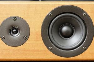 Wenn Lautsprecher schallen, sollten Sie entsprechend Abhilfe schaffen.
