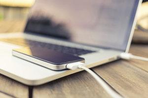 Bei der Synchronisierung von iPhones mit einem Computer kann es zu Fehlermeldungen kommen.