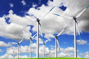 Windkraftwerke stehen häufig still.