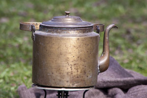 Kupfer leitet die Wärme gut.