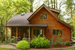Holzhäuser haben viele Vorteile - aber auch Nachteile.