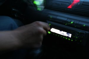 Sie können das Werksradio im Golf 5 leicht selber tauschen.
