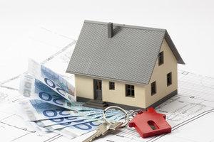 Einzahlungen in den Bausparvertrag werden mit Guthabenzinsen belohnt.