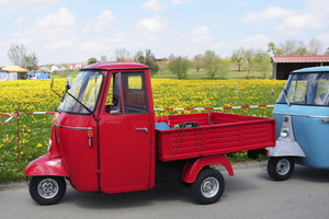 Lieferwagen mit drei Rädern erfreuen sich großer Beliebtheit.