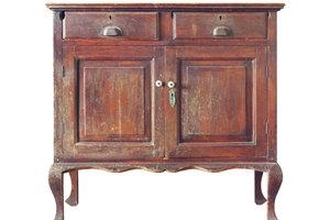 Alte Möbel lassen sich gut aufarbeiten