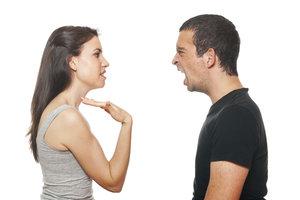 Wer von seinem Freund andauernd beleidigt wird, muss klare Grenzen setzen.