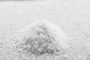 Mit Salz lassen sich Räume einfach und günstig entfeuchten
