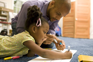 Elternteil und Nachwuchs können durch gegenseitige Unterstützung über sich hinauswachsen