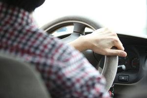 Ohne Führerschein potentiert sich das Fahrerrisiko.
