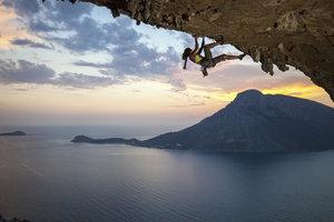 Wer besser klettern will, muss auf seine Füße achten.