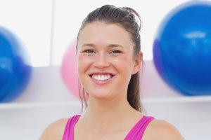 Yoga-Gesichtsübungen beugen Faltenbildung vor.