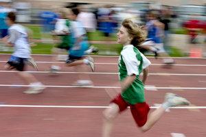 Sportunterricht kann getrennt oder gemischt durchgeführt werden.