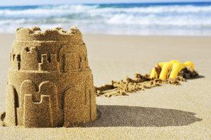 Eine wunderschöne Sandburg, die auch noch hält.