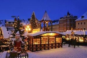 Ein Besuch des Weihnachtsmarktes hat Tradition.