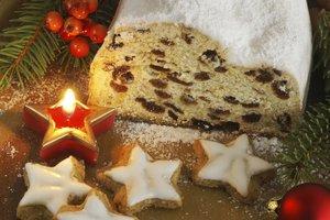 Christstollen ist das perfekte Backwerk für Weihnachten.