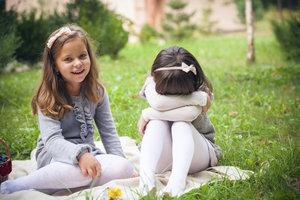Mobbing ist für die betroffenen Kinder eine traumatische Erfahrung.