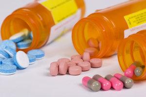 Die Überwachung von Arzneimitteln ist ein Arbeitsbereich des Gesundheitsamts.