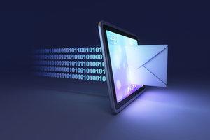 Ein E-Mail Konto können Sie auch ohne PC erstellen.