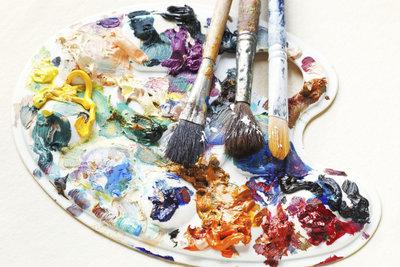 Ölmalerei ist eine der klassischen Maltechniken.