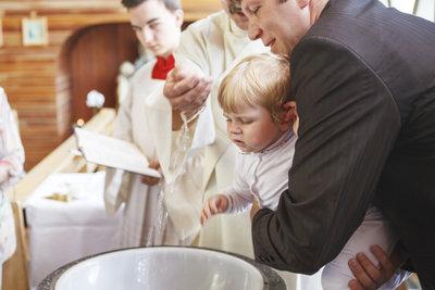 Kinder- und Säuglingstaufe lehnen die Baptisten aus Bewusstseinsgründen ab.