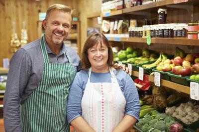 Die mitarbeitende Ehefrau im Familienunternehmen muss richtig und offiziell eingestellt werden.