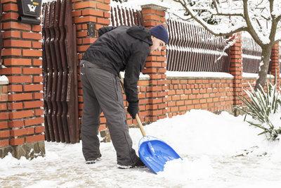 Schneeräumen dient der Sicherheit.
