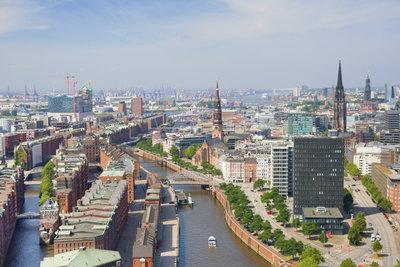 Hamburg ist auch für schmales Geld eine Reise wert.