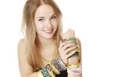 Gut gepflegte Armbänder bleiben lange schön.