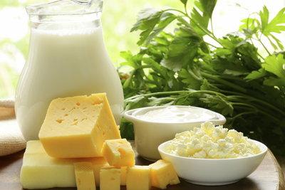 In der Schwangerschaft sollten Sie auf eine calciumreiche Ernährung achten.