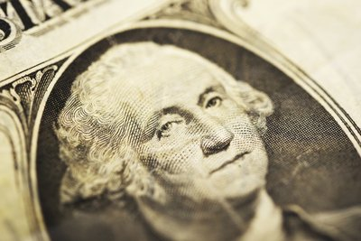 George Washington war ein Präsident und Freiheitskämpfer im Unabhämgigkeitskrieg.