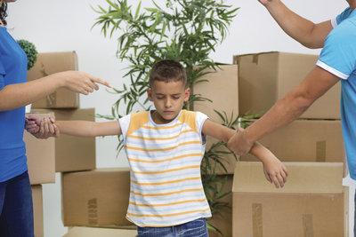 Kinder leiden unter der Trennung ihrer Eltern.