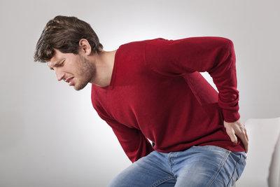Rückenschmerzen kommen oft aus heiterem Himmel.