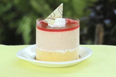 Eine Panna-Cotta-Torte schmeckt zu jeder Jahreszeit.