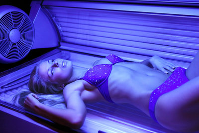 Ins Solarium sollten Sie nur gesund gehen.