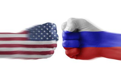 Dürrenmatts Stück entsteht vor dem Hintergrund des Kalten Krieges zwischen Sowjetunion und USA.