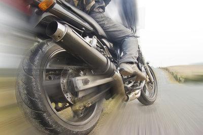 Auch mit dem Motorrad kann man geblitzt werden.