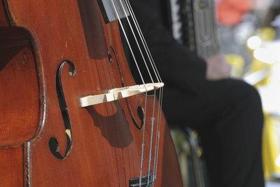 Auch beim Kontrabass gilt das Motto: Übung macht den Meister!