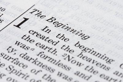Laut Bibel schuf Gott Erde und Menschen.