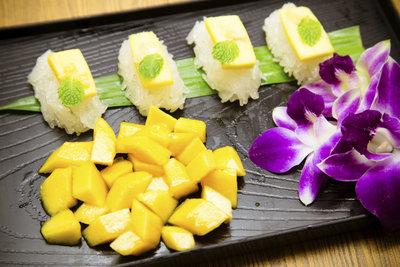 Süße Sushi sind ein herrliche Nachspeise.