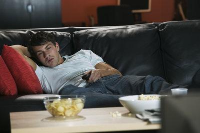 Fernsehen ist nur eine von vielen Möglichkeiten, die Langeweile in den Griff zu kriegen.