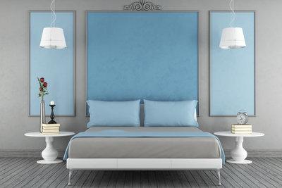 Hellblau wird gerne im Schlafzimmer verwendet - es wirkt beruhigend.