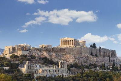 In Athen und Umgebung, der Region Attika, entwickelte sich einst die attische Demokratie.