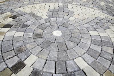 Granitsteinpflaster ist ein widerstandsfähiges und pflegeleichtes  Natursteinpflaster.