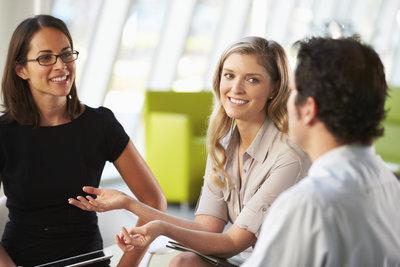 Ein erfolgreiches Gespräch bedarf einiger wichtiger Kommunikationsregeln.